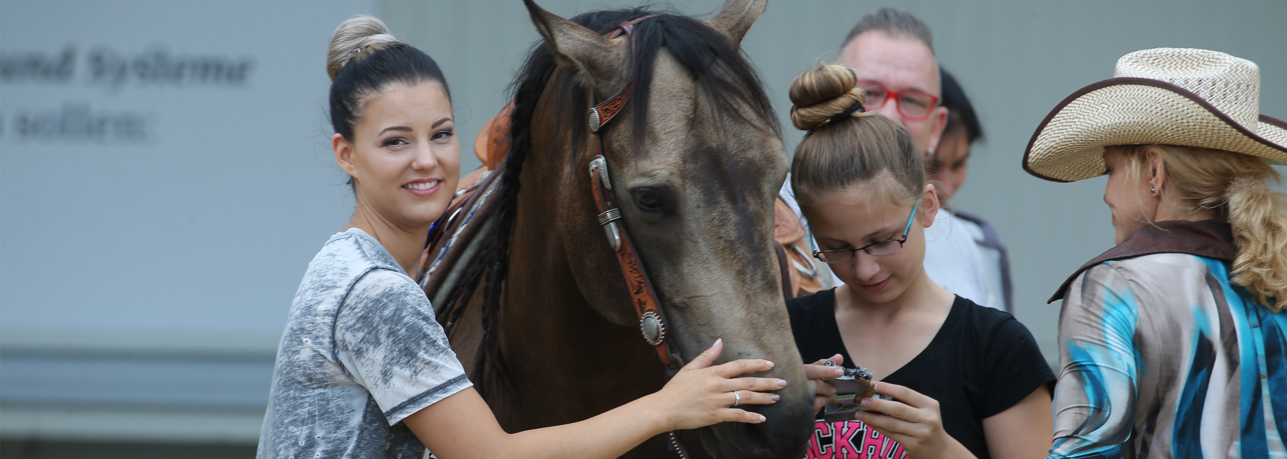 Header_HorseAcademy_Kalender-7